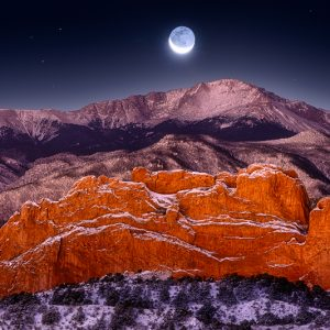 Pikes Peak Moonset