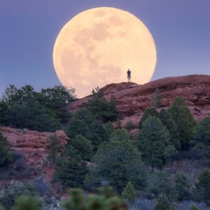 Garden of the Gods Moonrise